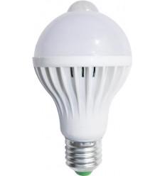 BEC LED E27 7W CU SENZOR ALB RECE / CALD